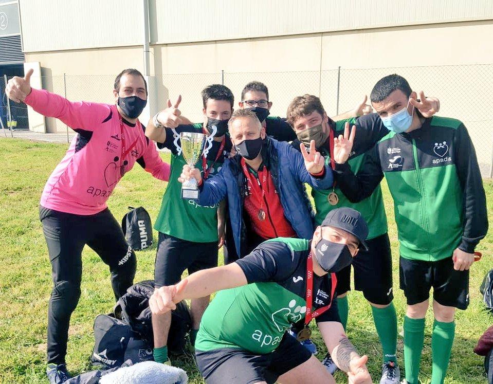El equipo de APADIS termina tercero en el torneo autonómico de fútbol sala  - diariodesanse.com